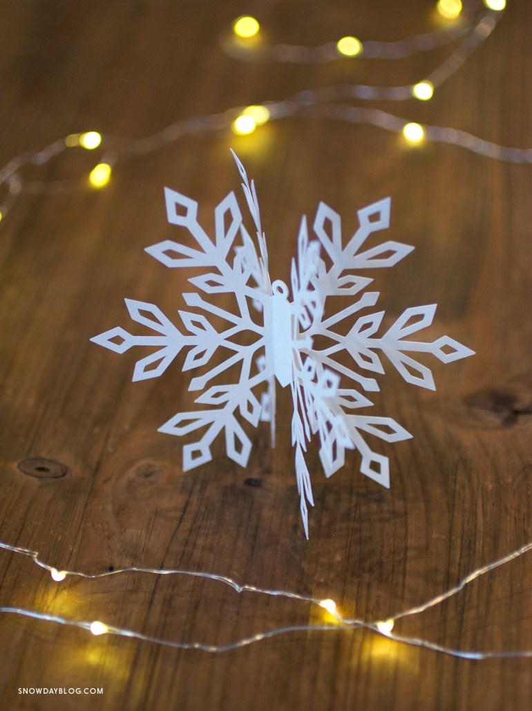Snowflake2 on wood table