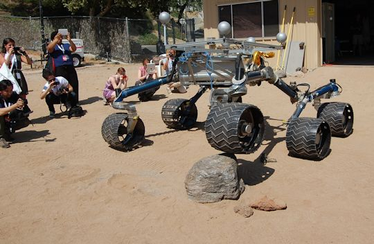 Scarecrow Rover likes to show off. Photo by Brad Snowder.