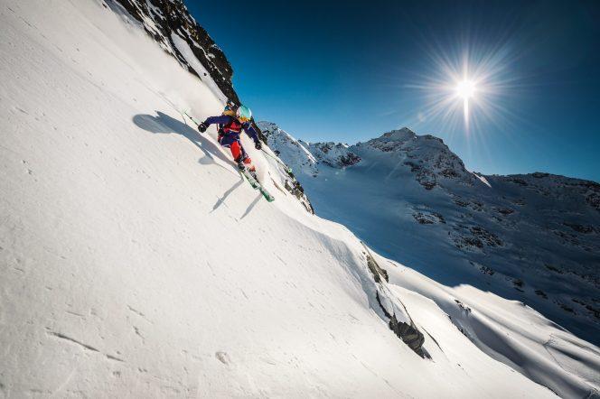 snowflike - happy women in the mountains