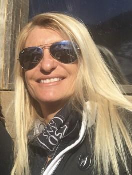skieuse-femme-montagne-hautes-alpes-briancon-Terre_de_femmes