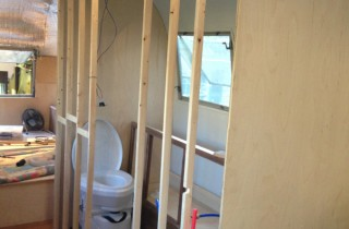 bath_walls_framed-320×210