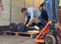 axle-delivery-200×145