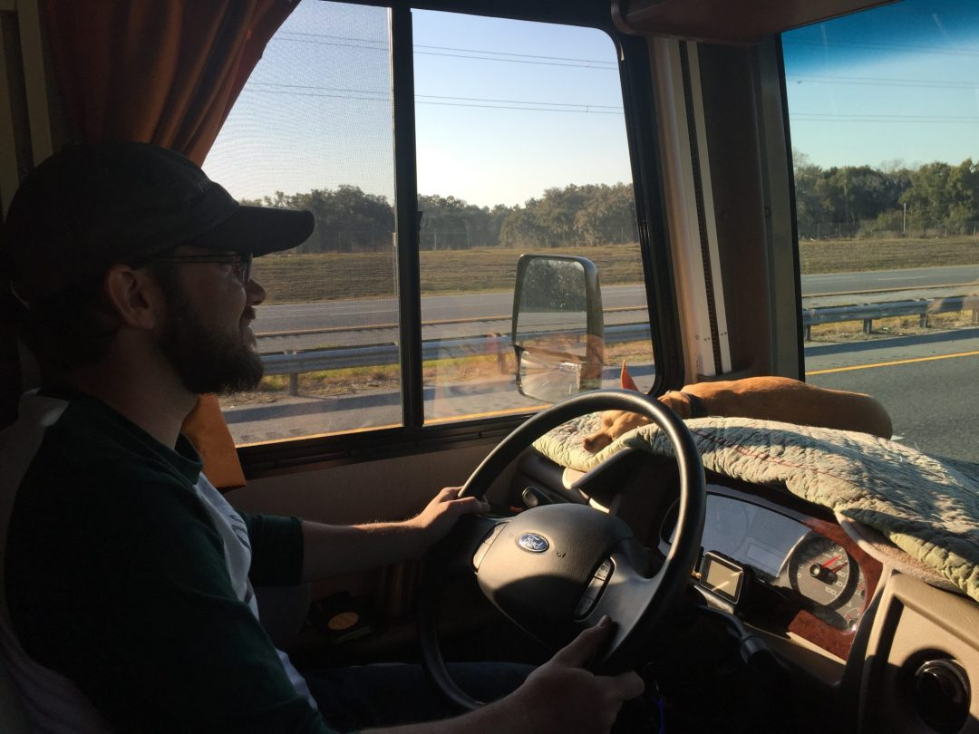 Trailer Versus Motorhome: The Driving Experience