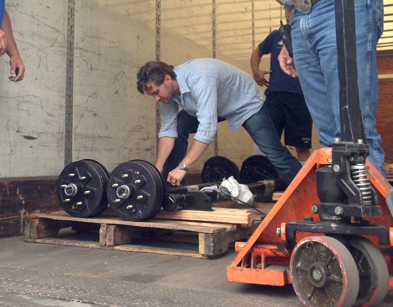 axle-delivery