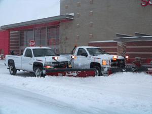 snow-contractor-plowing-Overland-Park-Kansas-City-Lenexa