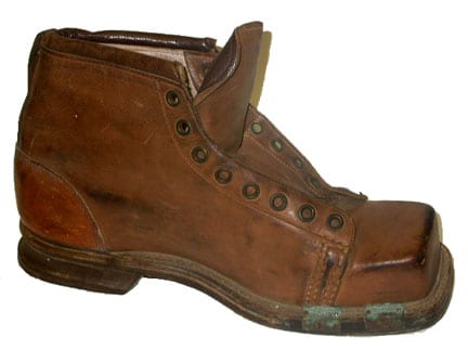 US Army Ski Boots from 1941 - made of leather