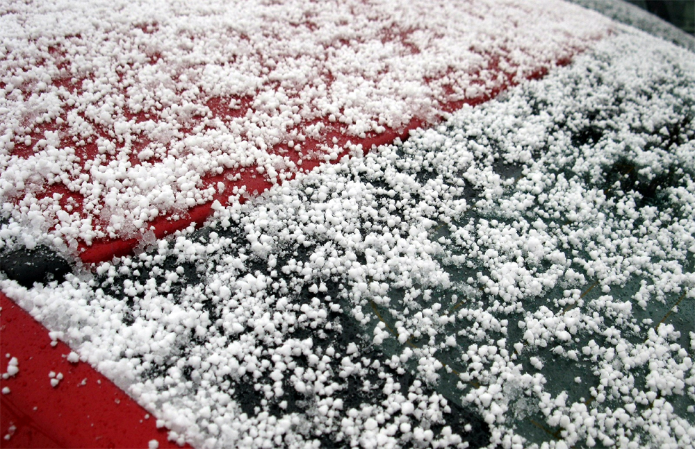 Graupel from a 2013 storm in Montreal. Source: Ray Murphy, Earth Science Picture of the Day