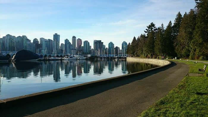 Vancouver-Stanley-Park-Seawall-Laurie-McLean-British-Columbia-1-700x394