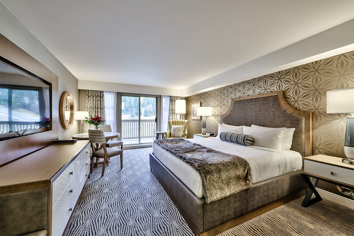 Sun Peaks Grand Hotel & Residence, Deluxe Hotel Room