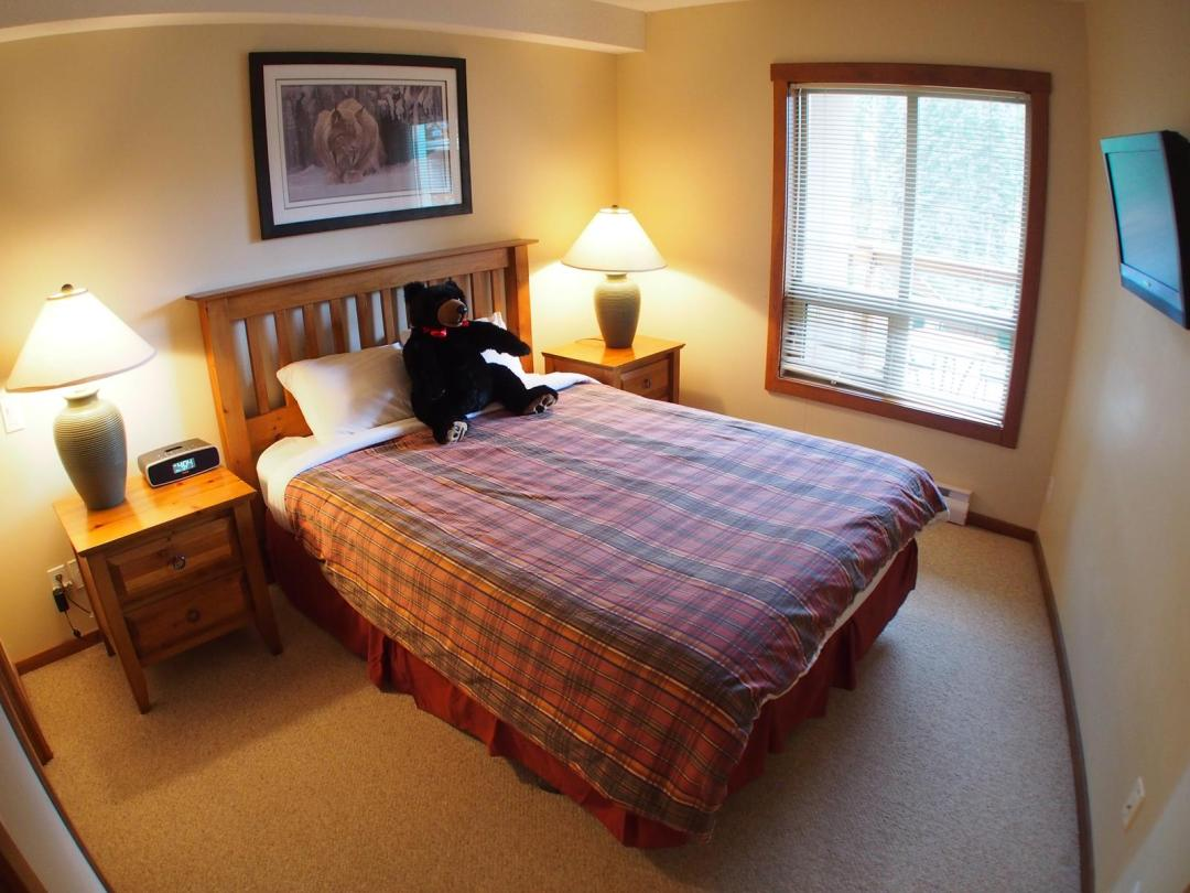Fireside Lodge, Sun Peaks, 1 bed condo