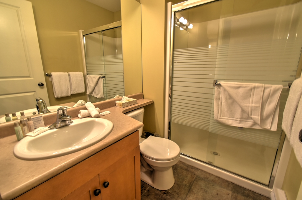 Trappers Crossing 2 bed premium