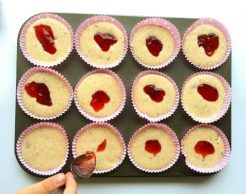 moistest-strawberry-lemon-cupcakes-ever
