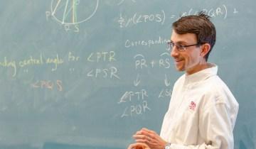 SNU Professor teaching