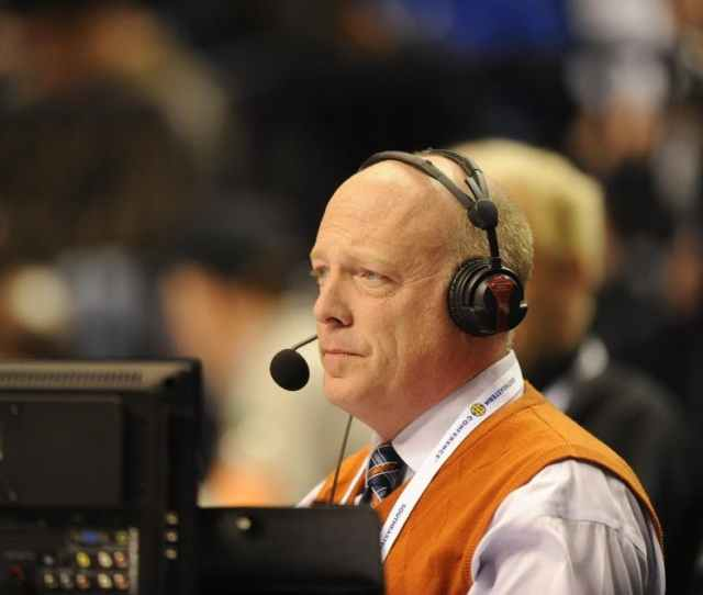 The Voice Of Auburn The Voice Of A Family How People Are Remembering The Life Of Rod Bramblett