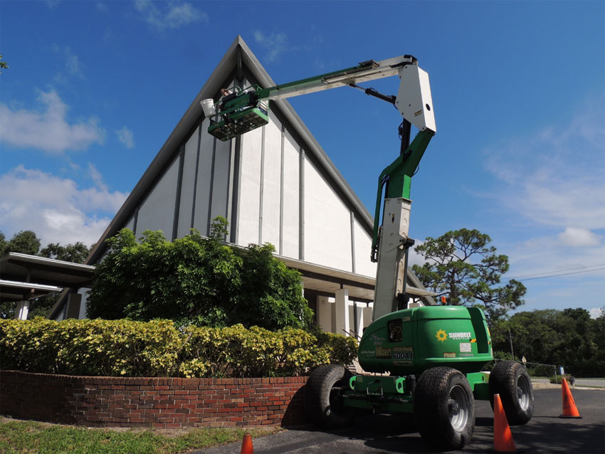 Bee removal/extraction using a high lift 45′ high