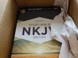 tbs and nkjv study bible 036