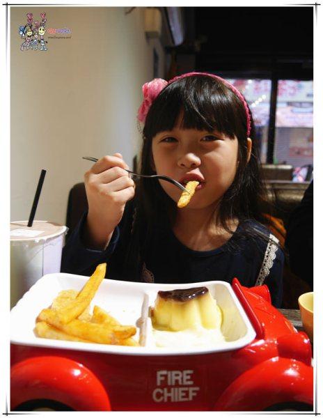 桃園美食,八德美食,晨初好食,早餐,牽絲,犯規,花牆,網美,好拍