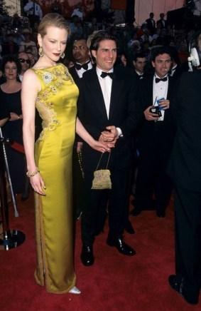 10 bộ váy đắt tiền nhất lịch sử nhân loại   So awkward, Rose