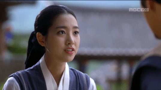 獄中花第16話 ユン・テウォンに報告するオンニョ