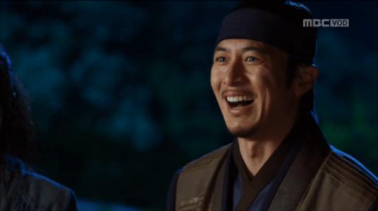 獄中花第16話 笑うユン・テウォン