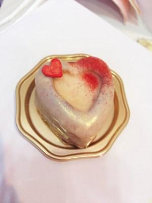 バレンタインいちごプチケーキ