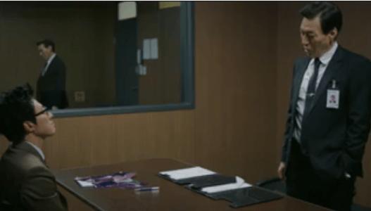 町の弁護士チョ・ドゥルホ第13話 取調室でチョ・ドゥルホとシン・ヨンイル