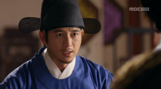 獄中花(オクチュンファ)第27話 報告するユン・テウォン