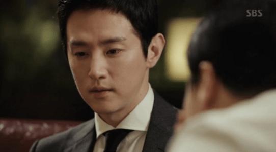 韓国ドラマ「耳打ち(ささやき)」8話 友人の言葉を受け入れるカン・ジョンイル