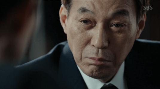 韓国ドラマ「耳打ち(ささやき)」7話 辞めろと言うチェ・イルファン