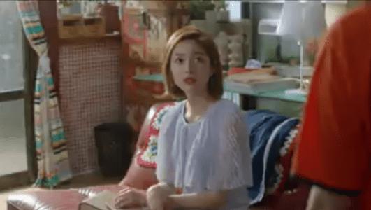 韓国ドラマ「サムマイウェイ」6話 パソコンを覗くパク・ヘラン