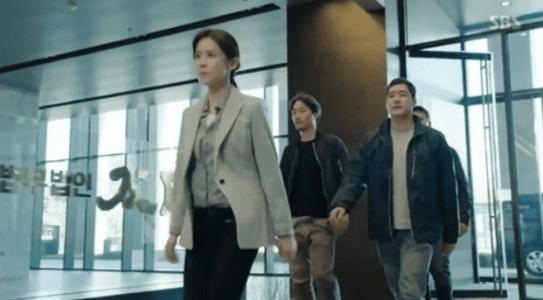 韓国ドラマ「耳打ち(ささやき)」第15話 太白に来るシン・ヨンジュ