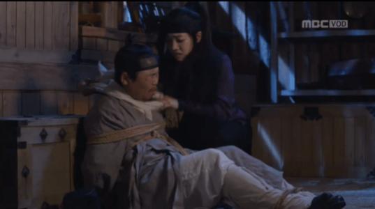 獄中花(オクチュンファ)第47話 縄を解くオンニョ