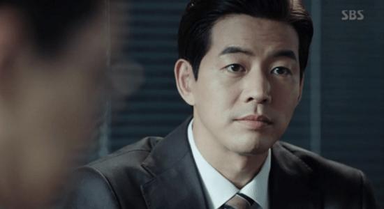 韓国ドラマ「耳打ち(ささやき)」第14話 代表になるイ・ドンジュン