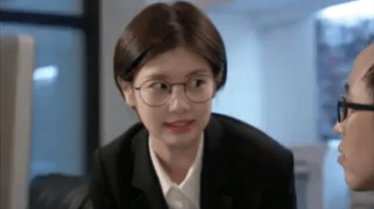 韓国ドラマ「お父さんが変」1話 注文するビョン・ミヨン