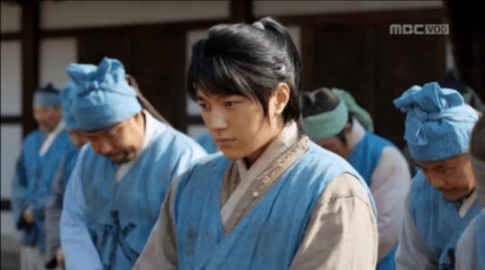 韓国ドラマ「君主(クンジュ)」1話 揚水庁のイソン