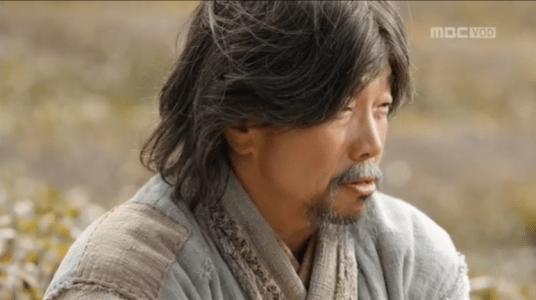 「君主(クンジュ)~仮面の主人~」第5話 連れて行けと言うウ・ボ