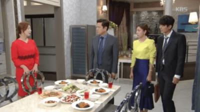 「名前のない女」第90話 食事を準備するミヒ