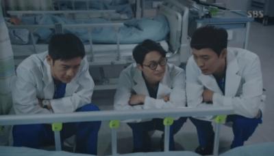 [胸部外科]~心臓を盗んだ医師たち~ 第21話,第22話 患者を見守るテスたち