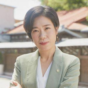 韓国ドラマ「椿の花咲く頃」ホン・ジャヨン
