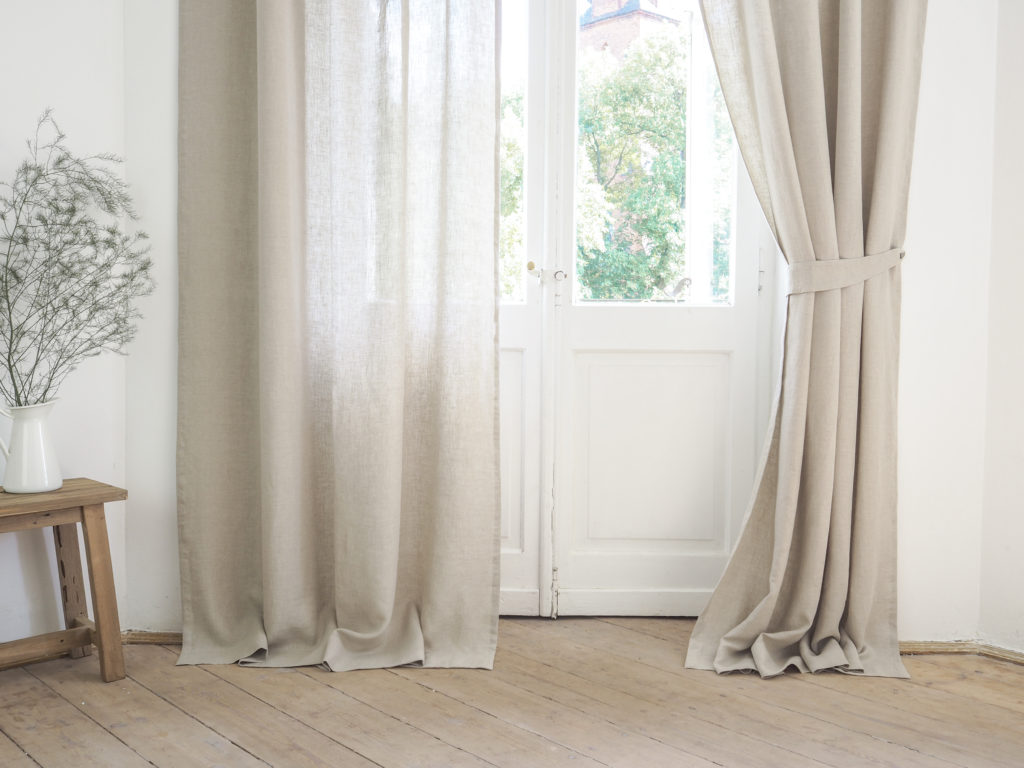 to measure the width of the curtains