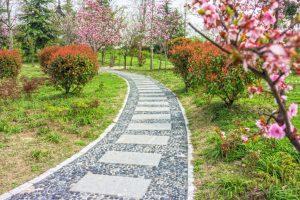 Gartenweg gestalten   So muss das