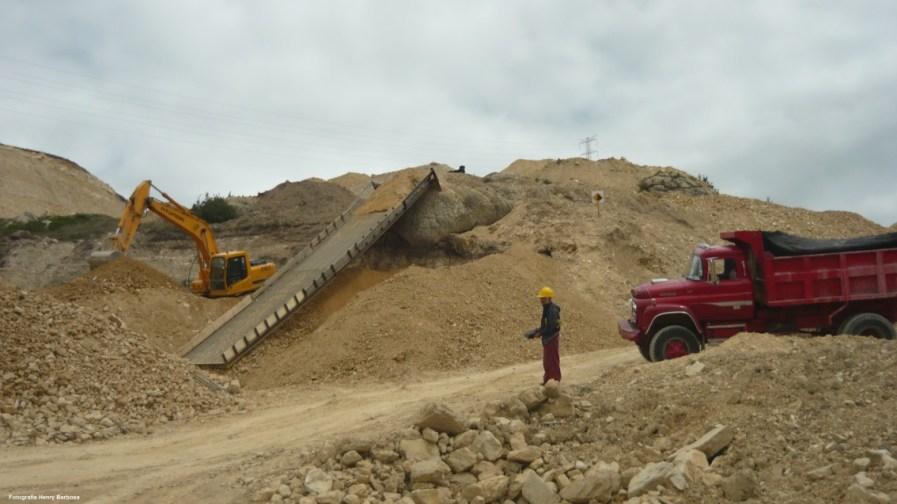 La explotación minera uno de los causantes de la contaminación ambiental. Fotografía Henry Barbosa.