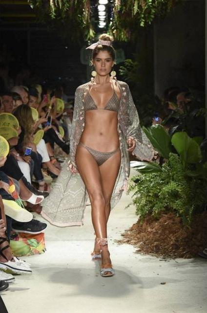 Laura Tobón, modelo y presentadora. Foto. Inexmoda.