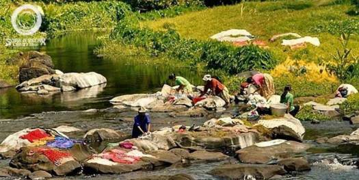 washing-in-the-river