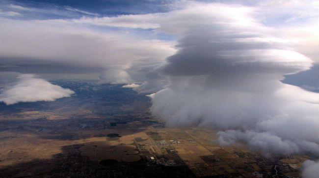 Lenticular over Minden-Tahoe Airport