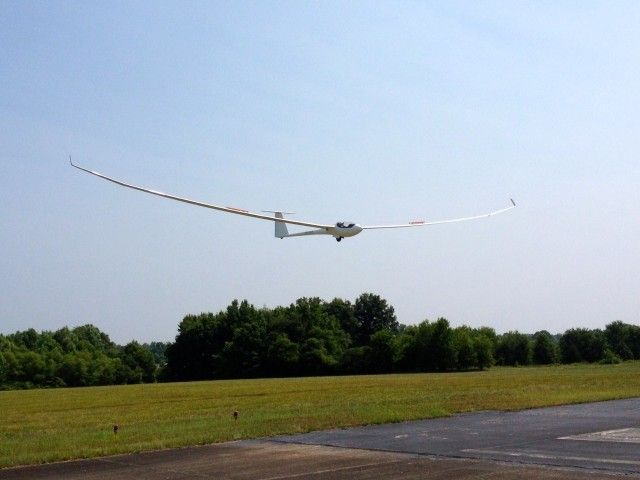 2012-05-25 - Concordia First Flight - Concordia on approach to landing after first flight (Photo by Charles Parish)
