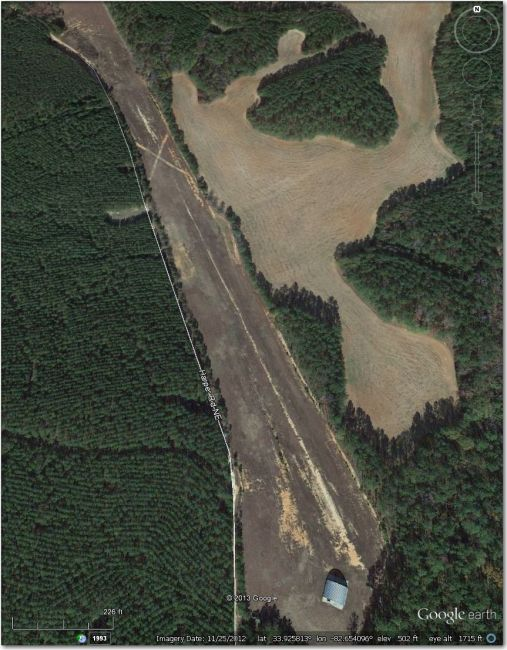 Abandoned (note the big 'X' in the middle of the runway).