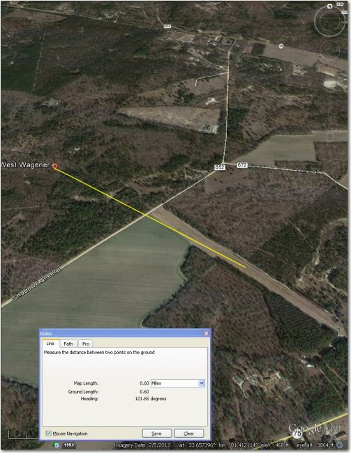 Waypoint symbol is displaced about 0.6 mi NW of the airstrip