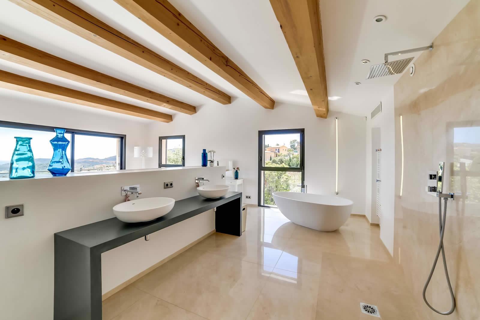 Moderne Villa Avec Vue Mer Piscine Debordement Chauffe