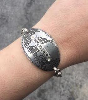 wanderer globe bracelet
